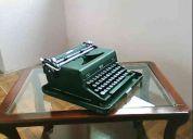 Vendo maquina de escribir año 1965 marca royal