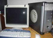 Vendo bonita computadora p4 con mesa
