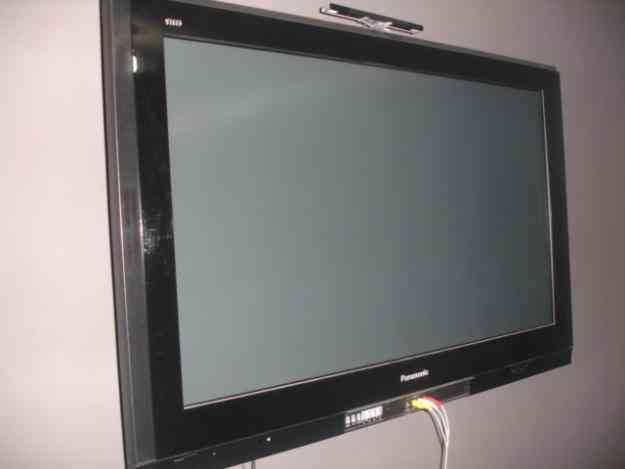 vendo televisor PANASONIC  plasma 42 pulgadas OPORTUNIDAD