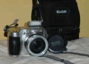 Vendo: cámara de fotos kodak  z710 7.1mp digital con 10x optical zoom.  toma fotos y filma