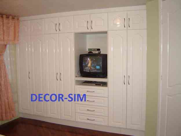 Closet walking closets o vestidores modernos quito la for Walking closet modernos pequenos