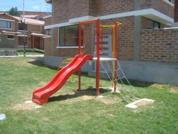resbaladera y otros juegos para parque infantil ibarra doplim