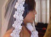 Hermosos vestidos de novia, velos, mantillas y accesorios