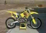 Vendo hermosa. moto suzuki rm 250 full cross. poquisimo uso