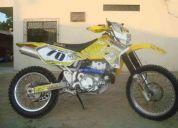 Vendo moto suzuki drz400 del año 2000