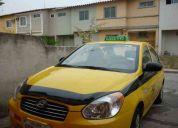 Taxi ejecutivo legalizado amarillo