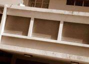 Centro de guayaquil (alquilo terreno 1.025 m2 con oficina, bodegas y parqueos)