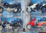 Vendo coleecion completa de motos miticas con cajas y revistas de historia