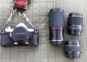 Cámara de fotos analógica (rollo) venta pentax, tres lentes y flash; equipo profesional