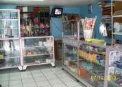 Mobiliario y mercadería para bazar-papeleria