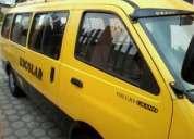 Se vende furgoneta kia pregio full equipo 2003 con puesto en ibarra negociable