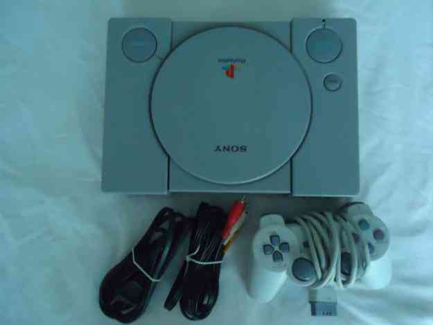 Vendo o cambio Sony Play Station 1 Original En Perfecto Estado 10/10, por algun celular