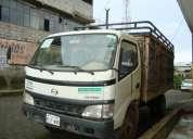 Vendo camion hino dutro 5 toneladas