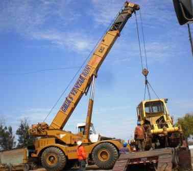 gruas hasta 100 toneladas y maquinarias de construccion en venta y alquiler