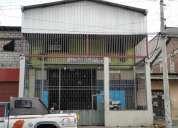 Amplio local comercial en capitan najera