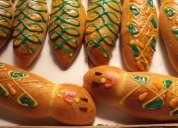 Wawas (guagua) de pan y colada morada