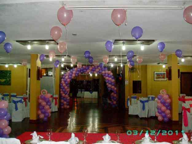 con globos piatas y todo para sus fiestas y eventos cumpleanios quito doplim