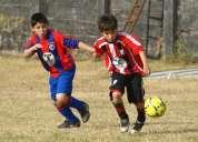 Busco amigos para jugar futbol los sabados y domingo