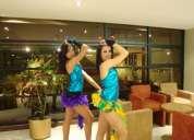 Hora loca con bailarinas de excelente presencia fisica profesionales en baile