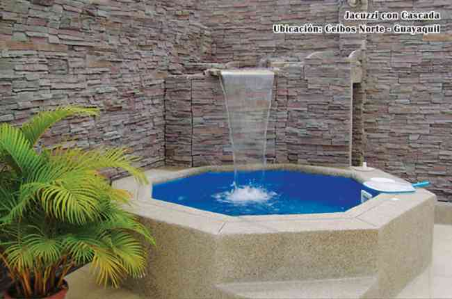 Jacuzzis para exterior great jacuzzi mini piscina para for Jacuzzi piscina exterior