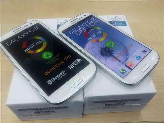 New Samsung Galaxy S3 $300 USD (Skype::m-techelet.limited)