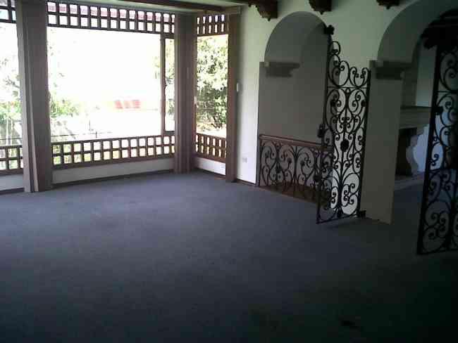 Hermosa casa de renta en bellavista sector privilegiado for Alquiler de casas en bellavista sevilla