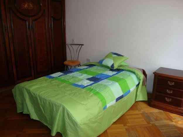 Habitacion de arriendo para estudiante, Quito - Doplim ...
