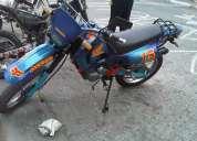 Vendo moto 200.c.c barata