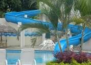 Construimos piscinas y parques acuaticos
