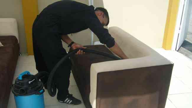 """servicio de limpieza de muebles a domicilio """"Genkiclean""""guayaquil"""