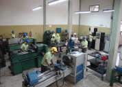 Personal en el ambito industrial. mecánicos especializados en torno y fresa