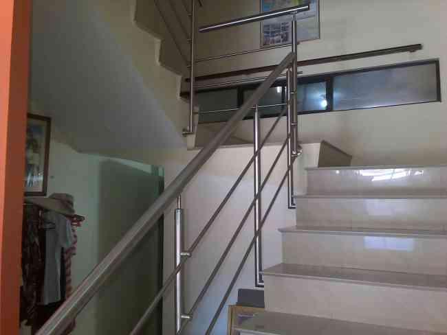 Pasamanos de acero inoxidable esmeraldas capital doplim - Pasamanos de acero inoxidable para escaleras ...