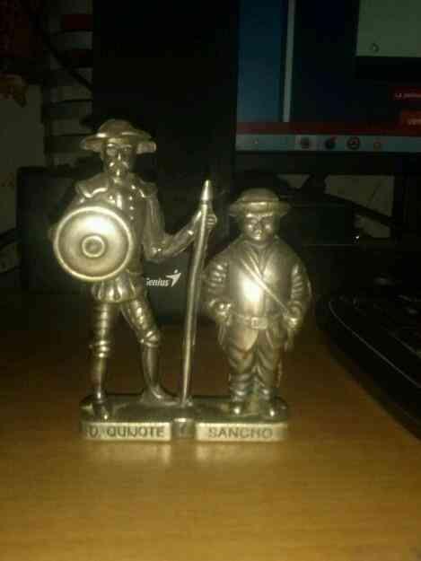Vendo adorno de plata de Don Quijote y Sancho Panza. La Mancha