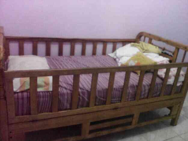 Vendo cama cuna de plaza y media guayaquil doplim 417904 for Vendo sillon cama 1 plaza