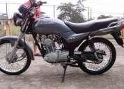 Vendo hermosa moto ax4 tiempos