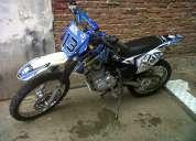 Vendo poderosa moto daytona scorpion 250cc