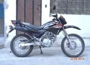 Se vende motocicleta excelente estado