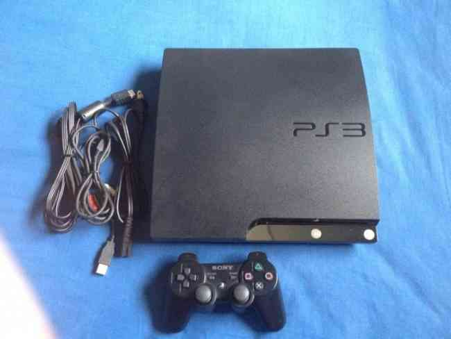 Vendo play 3 slim 250 GB