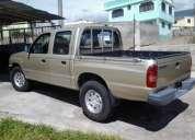 Vendo camioneta doble cabina 4x4  en perfecto estado de funcionamiento, precio negociable