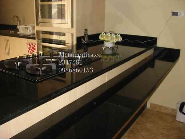 Modulares ba os closets cocinas y granito importado for Cocinas enchapadas