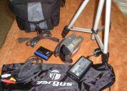 Vendo filmadora sony handycam dcr-hc28 mini dv digital camcorder