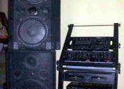 Venta de un equipo de disjockey , ideal para discotecas o bar karaoke