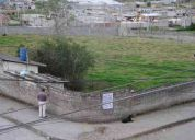 Hermoso terreno esquinero:        detras escuela riobamba