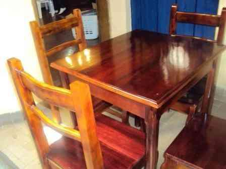 6 juegos sillas con su respectiva mesa de madera para for Mesas de madera para restaurante