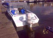 Vendo bote para pesca o paseo con motor de 225 hp. fuera de borda