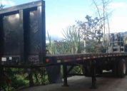 plataforma dos ejes aÑo 2004 americana con montacarga incorporado piggy back