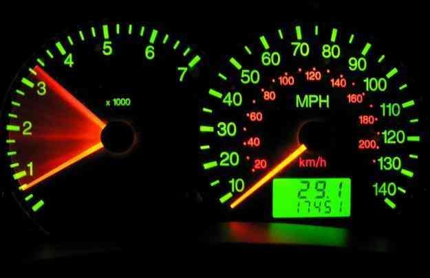 reparacion y cambio de kilometraje de velocimetros digitales