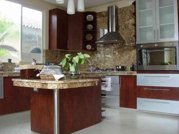 Anaqueles de cocina closet ba os tumbado guayaquil for Modelos de anaqueles de cocina