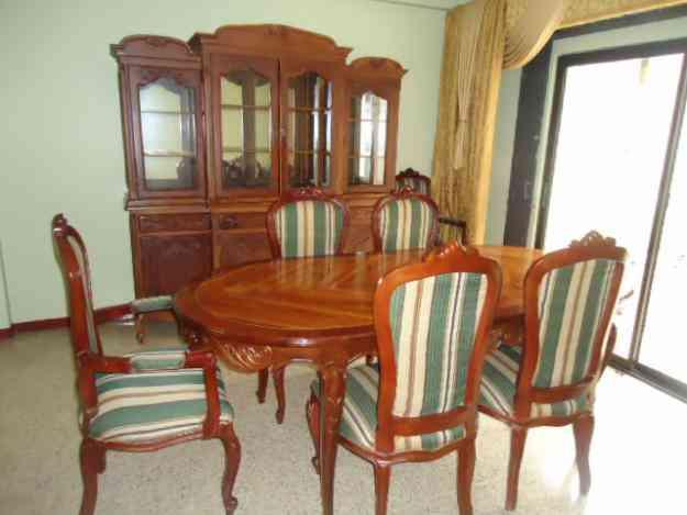 Vendo juego de comedor de buena madera guayaquil hogar for Vendo muebles jardin