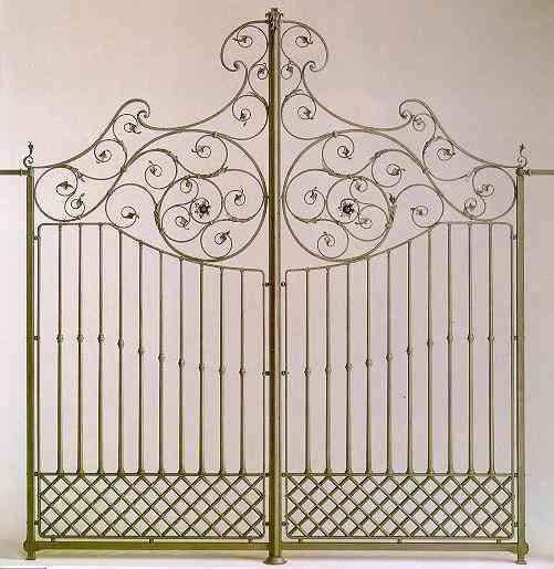 Estructuras metalicas metalfred rejas acorde n puertas - Puertas tipo acordeon ...
